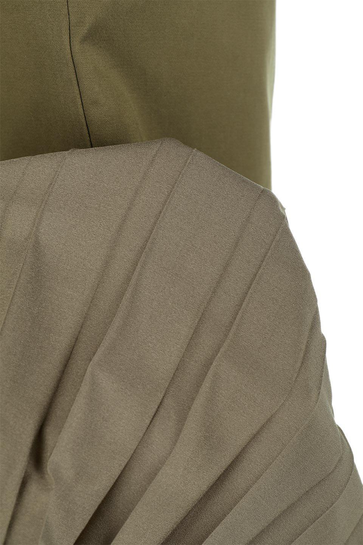 AsymmetricalPleatedCargoSkirtプリーツ&カーゴポケット・アシメントリースカート大人カジュアルに最適な海外ファッションのothers(その他インポートアイテム)のボトムやスカート。ミリタリーテイストをアレンジしたアシメントリーなデザインのロングスカート。ミリタリーやワーク風のハードな雰囲気と、膝下から伸びる丸みを帯びたカットから覗くフェミニンなプリーツの甘辛コンビネーション。/main-19