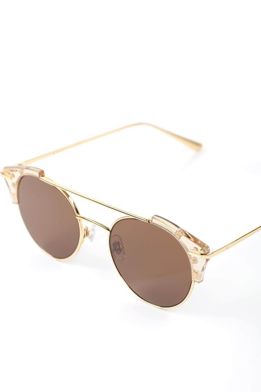WONDERLANDのRIALTO(03-ClearBeach&Gold/BronzeLens)リアルト・メタルフレーム・サングラス/WONDERLANDのメガネ・サングラスや。丸型レンズで人気のIndioよりヴィンテージかつエレガントにアップデートされたモデル。両サイドの「ヨロイ」と呼ばれる箇所に装飾を施しているため、着用時には単なる丸型レンズとは違った印象になります。/main-14