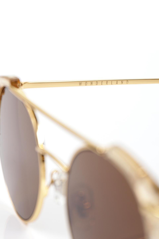 WONDERLANDのRIALTO(03-ClearBeach&Gold/BronzeLens)リアルト・メタルフレーム・サングラス/WONDERLANDのメガネ・サングラスや。丸型レンズで人気のIndioよりヴィンテージかつエレガントにアップデートされたモデル。両サイドの「ヨロイ」と呼ばれる箇所に装飾を施しているため、着用時には単なる丸型レンズとは違った印象になります。/main-6