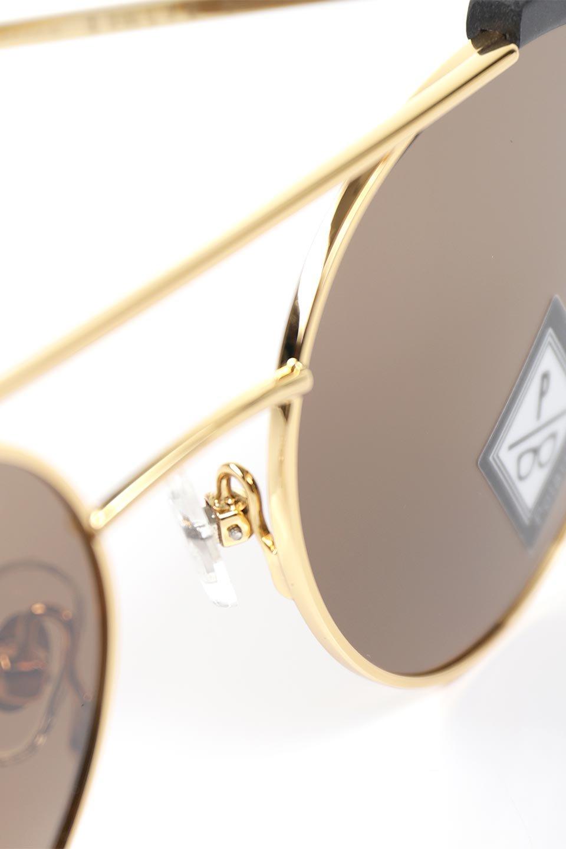 WONDERLANDのRIALTO(01-MattBlack&Gold/BronzePolarizedLens)リアルト・メタルフレーム・サングラス/WONDERLANDのメガネ・サングラスや。丸型レンズで人気のIndioよりヴィンテージかつエレガントにアップデートされたモデル。両サイドの「ヨロイ」と呼ばれる箇所に装飾を施しているため、着用時には単なる丸型レンズとは違った印象になります。/main-12