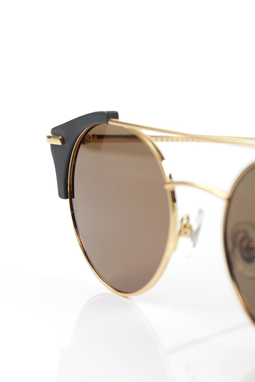 WONDERLANDのRIALTO(01-MattBlack&Gold/BronzePolarizedLens)リアルト・メタルフレーム・サングラス/WONDERLANDのメガネ・サングラスや。丸型レンズで人気のIndioよりヴィンテージかつエレガントにアップデートされたモデル。両サイドの「ヨロイ」と呼ばれる箇所に装飾を施しているため、着用時には単なる丸型レンズとは違った印象になります。/main-5
