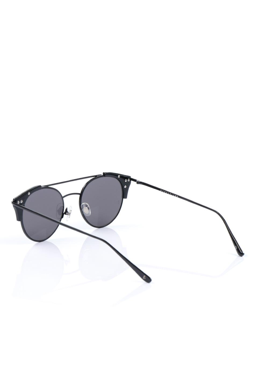 WONDERLANDのRIALTO(02-GlossBlack/GrayLens)リアルト・メタルフレーム・サングラス/WONDERLANDのメガネ・サングラスや。丸型レンズで人気のIndioよりヴィンテージかつエレガントにアップデートされたモデル。両サイドの「ヨロイ」と呼ばれる箇所に装飾を施しているため、着用時には単なる丸型レンズとは違った印象になります。/main-3