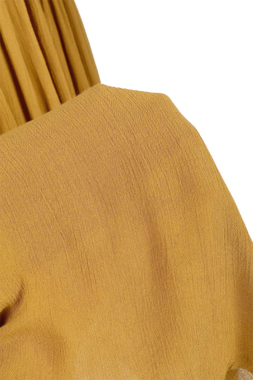 ShinyGatheredMidiSkirtクレープレーヨン・ギャザースカート大人カジュアルに最適な海外ファッションのothers(その他インポートアイテム)のボトムやスカート。レーヨン混で薄くてなめらかな肌触り、微光沢のある生地感のスカート。クレープのような薄い生地がふんわり空気感のあるボリュームを演出します。/main-19