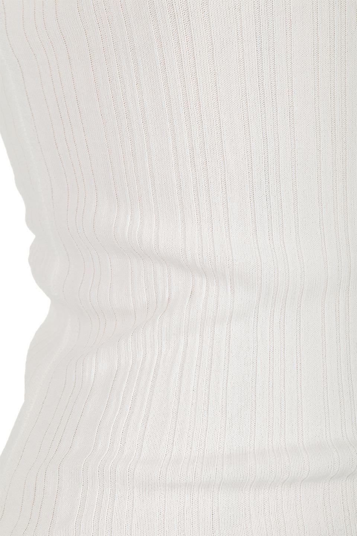 LaceHemRibTankTopリブニット・レースタンクトップ大人カジュアルに最適な海外ファッションのothers(その他インポートアイテム)のトップスやカットソー。ネックラインに沿ったレースが上品なリブニットインナー・タンクトップ。フィットしすぎないシルエットのリブタンクは一枚で着ても◎前後のVネックでデコルテ部分・後姿もすっきり綺麗に見せてくれます。/main-17