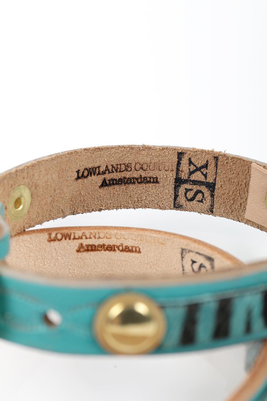 LowlandsCOUTUREのWildRomance#4ワイルドロマンス#4・本革ドッグカラー/LowlandsCoutureのドッググッズや。濃いめのターコイズブルーのレザーとハラコの組み合わせが可愛い本革ドッグカラー。ハラコ部分は同色のゼブラ柄で控えめながら、なかなか可愛いコンビネーションの首輪です。/main-3