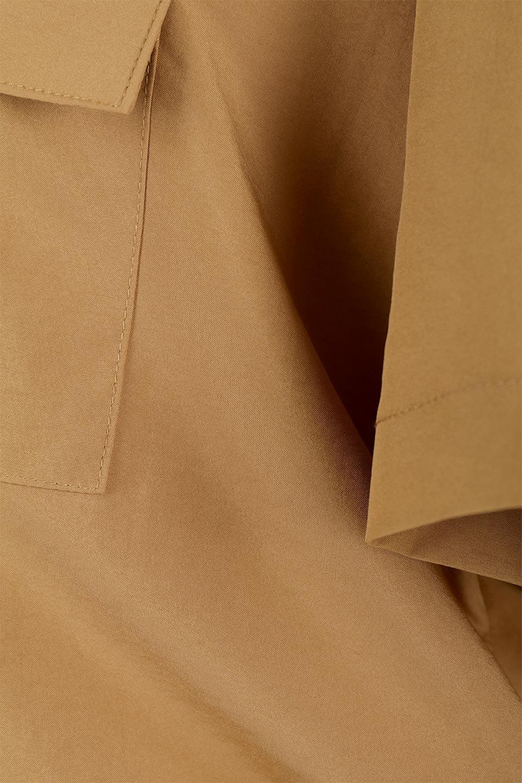 WaistTiedSafariBlouseドロスト付き・サファリブラウス大人カジュアルに最適な海外ファッションのothers(その他インポートアイテム)のトップスやシャツ・ブラウス。人気のサファリテイストをソフトブロード生地で優しい印象に仕上げたブラウス。ウエストのドロストでのブラウジングで様々なコーデが楽しめます。/main-22