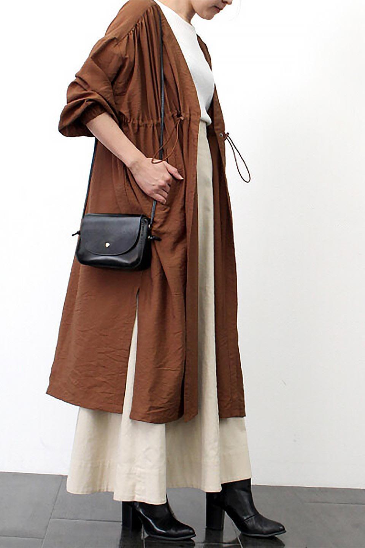OverSizedGownCoatドロスト付き・ガウンコート大人カジュアルに最適な海外ファッションのothers(その他インポートアイテム)のアウターやカーディガン。大きめシルエットのドロスト付きのガウンコート。1枚仕立てでシャツ感覚で楽しめるガウン。/main-23