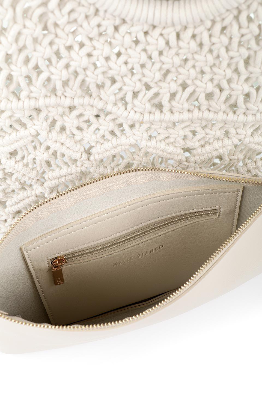 meliebiancoのNatalie(Bone)マクラメ編み・サマーハンドバッグ/海外ファッション好きにオススメのインポートバッグとかばん、MelieBianco(メリービアンコ)のバッグやハンドバッグ。ざっくり感のあるマクラメ編みが涼し気なリングハンドル・ハンドバッグ。リング状の持ち手は天然のバンブー(竹)でナチュラルな雰囲気を楽しめます。/main-13