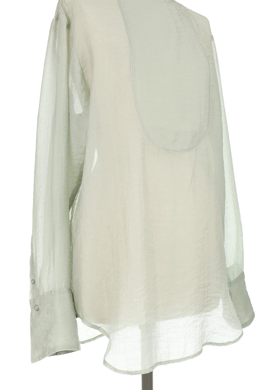 CottonPoplinBosomBlouseポプリン生地・ブザムブラウス大人カジュアルに最適な海外ファッションのothers(その他インポートアイテム)のトップスやシャツ・ブラウス。胸元の切り替えが特徴的な長袖のブザムブラウス。透け感が人気のポプリン素材を使用したのブラウスです。/main-16
