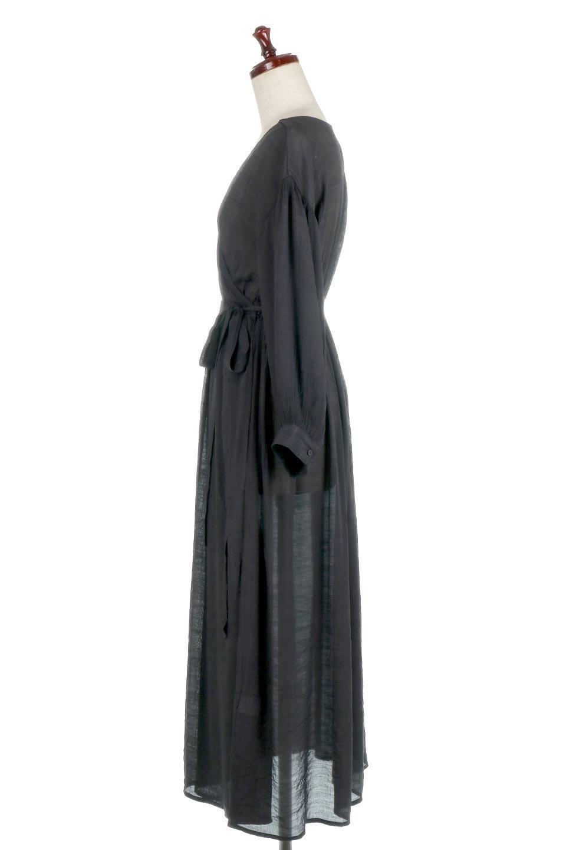 SlubGauzeKashcourtGownスラブガーゼ・ガウンワンピース大人カジュアルに最適な海外ファッションのothers(その他インポートアイテム)のアウターやコート。ソフトな肌触りのスラブガーゼを使用したロング丈のガウンワンピース。薄手・透け感・ロング丈・ガウン、どれも人気のあるキーワード。/main-17