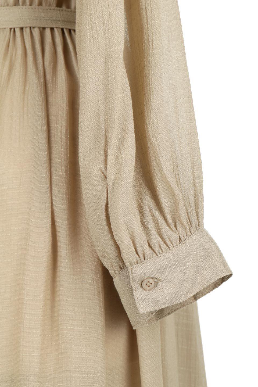 SlubGauzeKashcourtGownスラブガーゼ・ガウンワンピース大人カジュアルに最適な海外ファッションのothers(その他インポートアイテム)のアウターやコート。ソフトな肌触りのスラブガーゼを使用したロング丈のガウンワンピース。薄手・透け感・ロング丈・ガウン、どれも人気のあるキーワード。/main-26