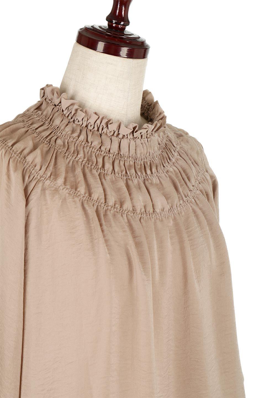 ShirringNeckSatinBlouseビンテージ風サテン・シャーリングブラウス大人カジュアルに最適な海外ファッションのothers(その他インポートアイテム)のトップスやシャツ・ブラウス。シャーリングを施した首周りが可愛いブラウス。渋めの光沢があるビンテージ風サテン生地を使用しています。/main-10