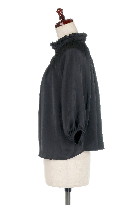 ShirringNeckSatinBlouseビンテージ風サテン・シャーリングブラウス大人カジュアルに最適な海外ファッションのothers(その他インポートアイテム)のトップスやシャツ・ブラウス。シャーリングを施した首周りが可愛いブラウス。渋めの光沢があるビンテージ風サテン生地を使用しています。/main-7