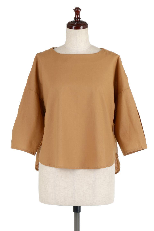 SlitShoulderBlouseスリットショルダー・7分袖ブラウス大人カジュアルに最適な海外ファッションのothers(その他インポートアイテム)のトップスやシャツ・ブラウス。肩のチラ見せがポイントの7分袖ブラウス。スリットとプリーツの袖が可愛い3シーズン活躍するアイテムです。/main-10