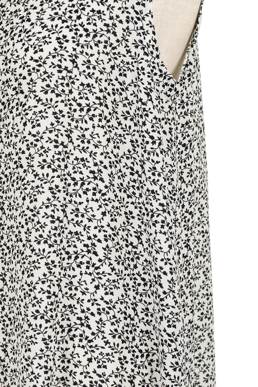 FloralPrintedPanelDress小花柄・切替えロングワンピース大人カジュアルに最適な海外ファッションのothers(その他インポートアイテム)のワンピースやマキシワンピース。2種類の花柄の切り替えが可愛いノースリーブのマキシワンピース。人気のノースリーブマキシに人気の花柄プリント。/main-12