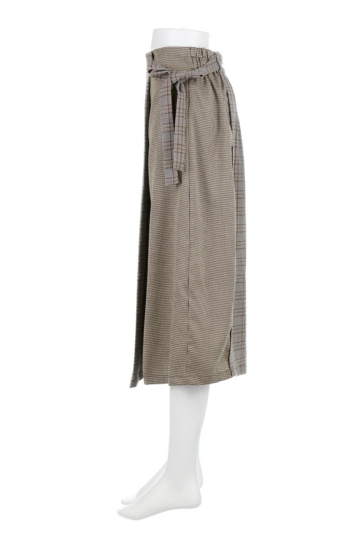 GlenCheckPaneledSkirtグレンチェック・切り替えスカート大人カジュアルに最適な海外ファッションのothers(その他インポートアイテム)のボトムやスカート。グレンチェックの切り替えが可愛いミディ丈スカート。2種類のチェックのコンビネーションで秋冬のコーディネートを楽しくしてくれます。/main-12