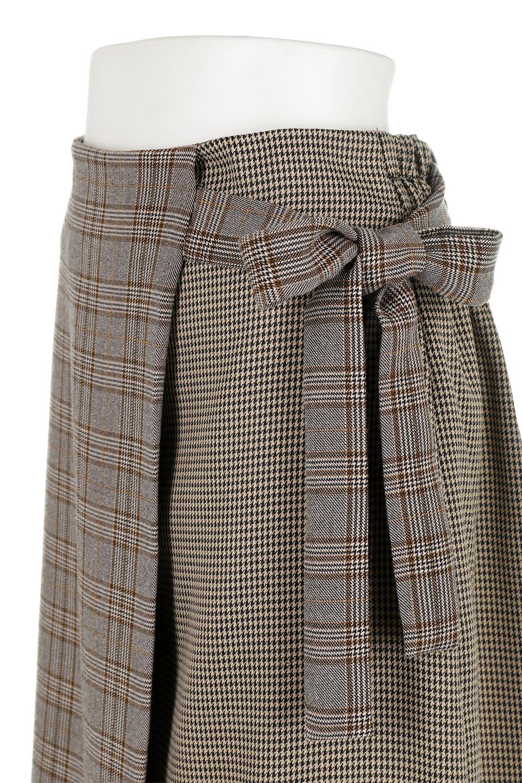 GlenCheckPaneledSkirtグレンチェック・切り替えスカート大人カジュアルに最適な海外ファッションのothers(その他インポートアイテム)のボトムやスカート。グレンチェックの切り替えが可愛いミディ丈スカート。2種類のチェックのコンビネーションで秋冬のコーディネートを楽しくしてくれます。/main-18