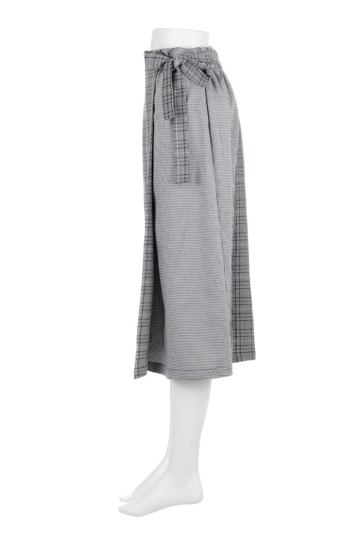 GlenCheckPaneledSkirtグレンチェック・切り替えスカート大人カジュアルに最適な海外ファッションのothers(その他インポートアイテム)のボトムやスカート。グレンチェックの切り替えが可愛いミディ丈スカート。2種類のチェックのコンビネーションで秋冬のコーディネートを楽しくしてくれます。/main-7