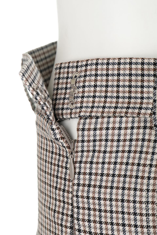DeepPleatedWidePantsガンクラブチェック・ディーププリーツパンツ大人カジュアルに最適な海外ファッションのothers(その他インポートアイテム)のボトムやパンツ。ガンクラブチェックの柄と深めのプリーツがトラッドな印象のワイドパンツ。裾にかけて広がるデザインで脚長効果もあるアイテムです。/main-11