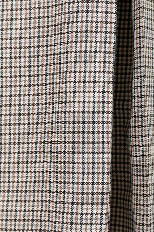 DeepPleatedWidePantsガンクラブチェック・ディーププリーツパンツ大人カジュアルに最適な海外ファッションのothers(その他インポートアイテム)のボトムやパンツ。ガンクラブチェックの柄と深めのプリーツがトラッドな印象のワイドパンツ。裾にかけて広がるデザインで脚長効果もあるアイテムです。/main-13