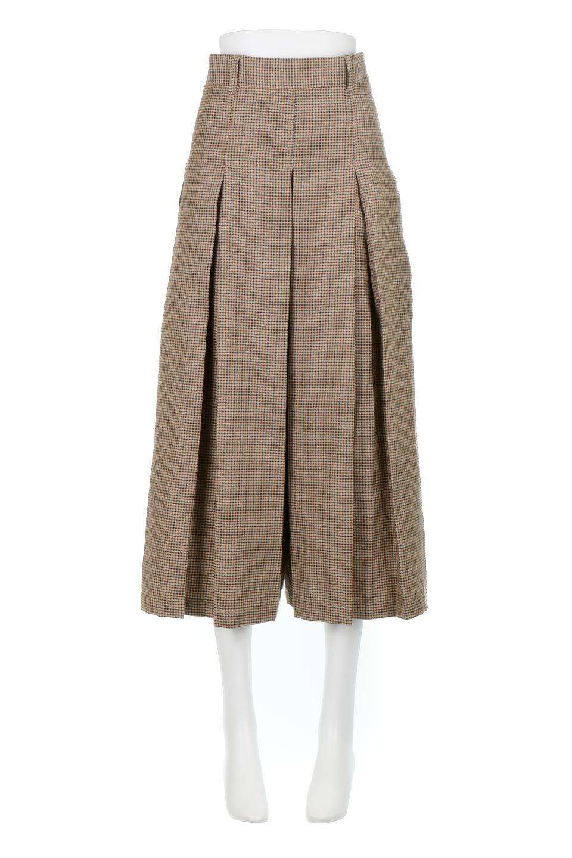 DeepPleatedWidePantsガンクラブチェック・ディーププリーツパンツ大人カジュアルに最適な海外ファッションのothers(その他インポートアイテム)のボトムやパンツ。ガンクラブチェックの柄と深めのプリーツがトラッドな印象のワイドパンツ。裾にかけて広がるデザインで脚長効果もあるアイテムです。/main-5