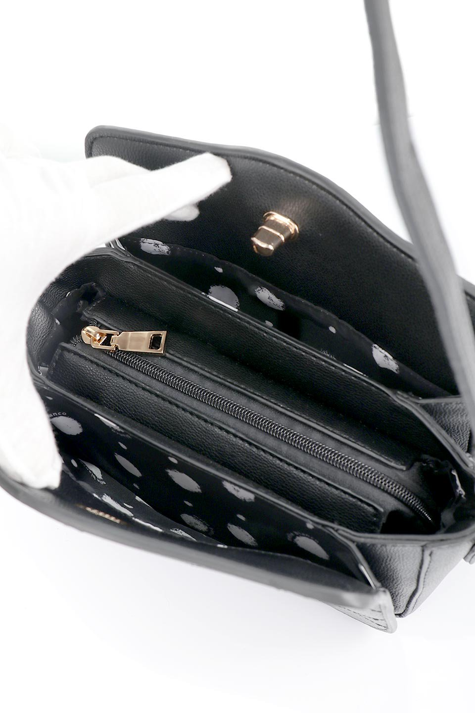 meliebiancoのMiley(Black)キルティングステッチ・ショルダーバッグ/海外ファッション好きにオススメのインポートバッグとかばん、MelieBianco(メリービアンコ)のバッグやハンドバッグ。上品なキルティングステッチが可愛いショルダーバッグ。しっかりとした芯入りのビーガンレザーで型崩れの心配はナシ。/main-10