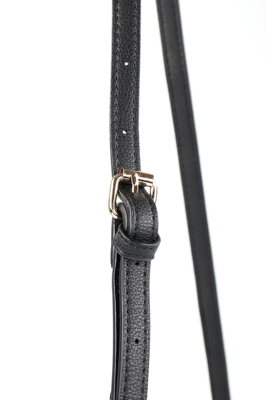 meliebiancoのMiley(Black)キルティングステッチ・ショルダーバッグ/海外ファッション好きにオススメのインポートバッグとかばん、MelieBianco(メリービアンコ)のバッグやハンドバッグ。上品なキルティングステッチが可愛いショルダーバッグ。しっかりとした芯入りのビーガンレザーで型崩れの心配はナシ。/main-5