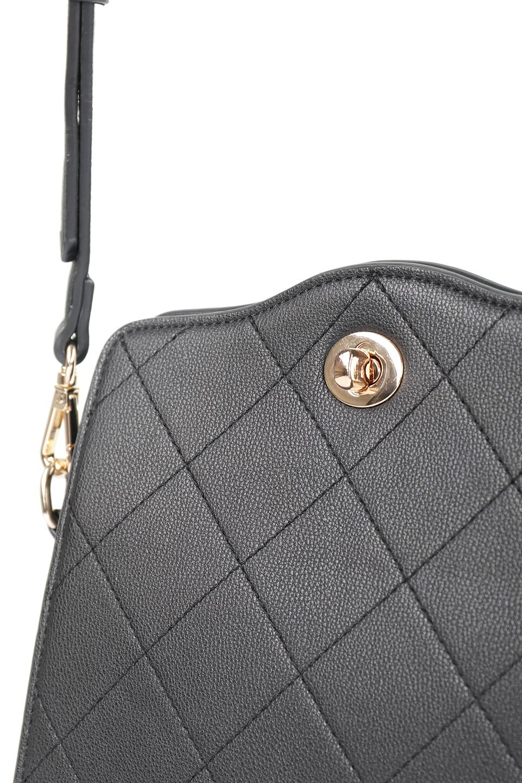 meliebiancoのMiley(Black)キルティングステッチ・ショルダーバッグ/海外ファッション好きにオススメのインポートバッグとかばん、MelieBianco(メリービアンコ)のバッグやハンドバッグ。上品なキルティングステッチが可愛いショルダーバッグ。しっかりとした芯入りのビーガンレザーで型崩れの心配はナシ。/main-6