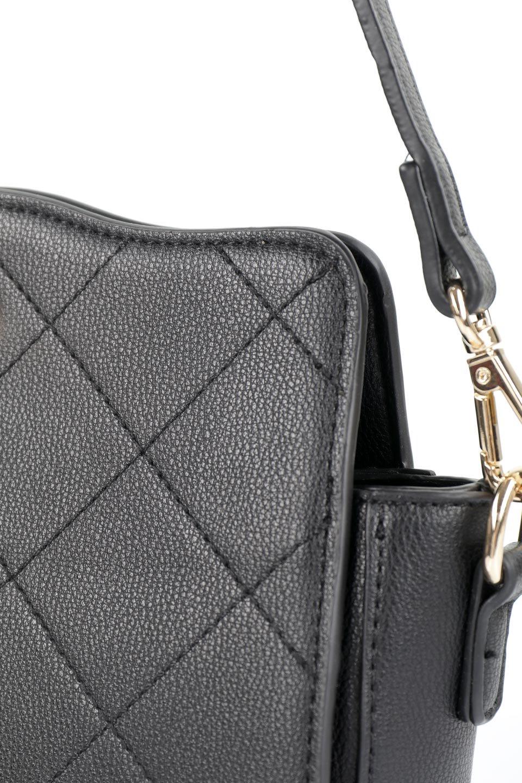 meliebiancoのMiley(Black)キルティングステッチ・ショルダーバッグ/海外ファッション好きにオススメのインポートバッグとかばん、MelieBianco(メリービアンコ)のバッグやハンドバッグ。上品なキルティングステッチが可愛いショルダーバッグ。しっかりとした芯入りのビーガンレザーで型崩れの心配はナシ。/main-7