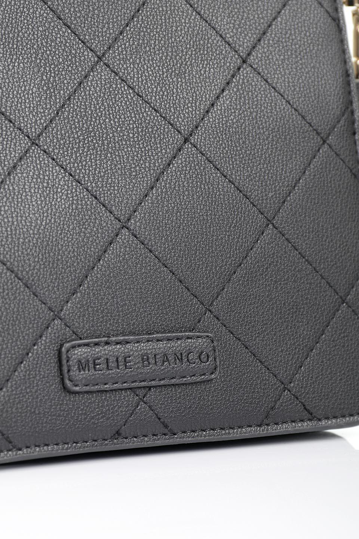 meliebiancoのMiley(Black)キルティングステッチ・ショルダーバッグ/海外ファッション好きにオススメのインポートバッグとかばん、MelieBianco(メリービアンコ)のバッグやハンドバッグ。上品なキルティングステッチが可愛いショルダーバッグ。しっかりとした芯入りのビーガンレザーで型崩れの心配はナシ。/main-9