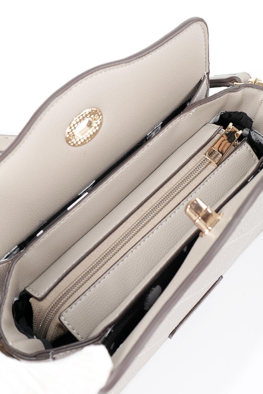 meliebiancoのMiley(Taupe)キルティングステッチ・ショルダーバッグ/海外ファッション好きにオススメのインポートバッグとかばん、MelieBianco(メリービアンコ)のバッグやハンドバッグ。上品なキルティングステッチが可愛いショルダーバッグ。しっかりとした芯入りのビーガンレザーで型崩れの心配はナシ。/main-10