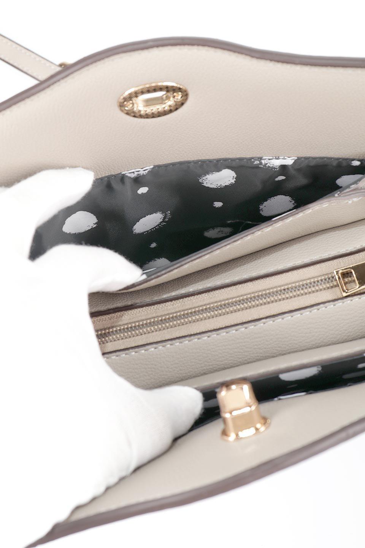 meliebiancoのMiley(Taupe)キルティングステッチ・ショルダーバッグ/海外ファッション好きにオススメのインポートバッグとかばん、MelieBianco(メリービアンコ)のバッグやハンドバッグ。上品なキルティングステッチが可愛いショルダーバッグ。しっかりとした芯入りのビーガンレザーで型崩れの心配はナシ。/main-11