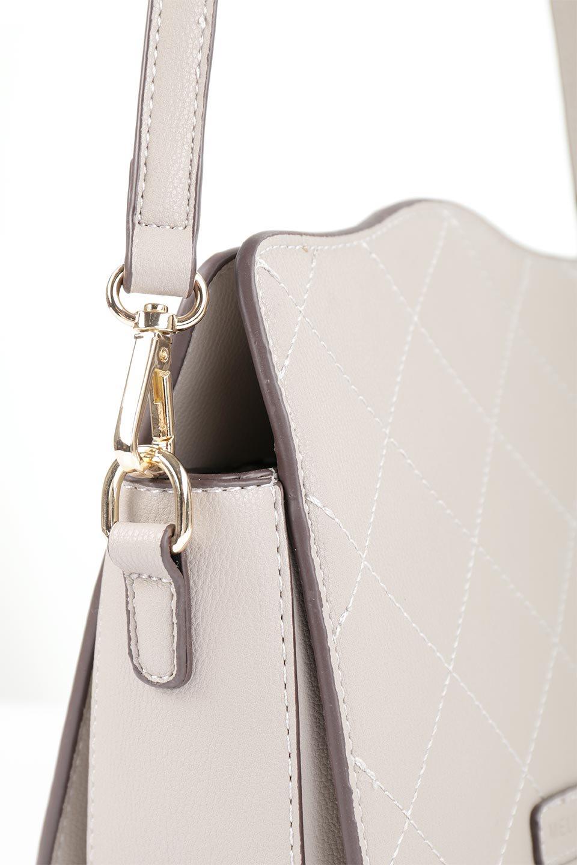 meliebiancoのMiley(Taupe)キルティングステッチ・ショルダーバッグ/海外ファッション好きにオススメのインポートバッグとかばん、MelieBianco(メリービアンコ)のバッグやハンドバッグ。上品なキルティングステッチが可愛いショルダーバッグ。しっかりとした芯入りのビーガンレザーで型崩れの心配はナシ。/main-6