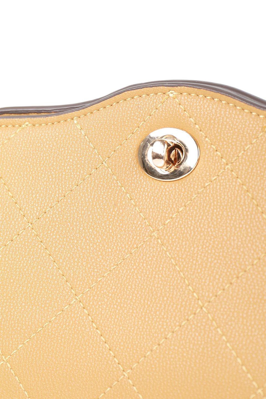 meliebiancoのMiley(Mustard)キルティングステッチ・ショルダーバッグ/海外ファッション好きにオススメのインポートバッグとかばん、MelieBianco(メリービアンコ)のバッグやショルダーバッグ。上品なキルティングステッチが可愛いショルダーバッグ。しっかりとした芯入りのビーガンレザーで型崩れの心配はナシ。/main-7