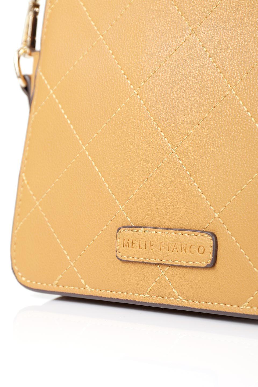meliebiancoのMiley(Mustard)キルティングステッチ・ショルダーバッグ/海外ファッション好きにオススメのインポートバッグとかばん、MelieBianco(メリービアンコ)のバッグやショルダーバッグ。上品なキルティングステッチが可愛いショルダーバッグ。しっかりとした芯入りのビーガンレザーで型崩れの心配はナシ。/main-8