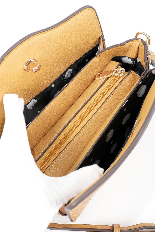 meliebiancoのMiley(Mustard)キルティングステッチ・ショルダーバッグ/海外ファッション好きにオススメのインポートバッグとかばん、MelieBianco(メリービアンコ)のバッグやショルダーバッグ。上品なキルティングステッチが可愛いショルダーバッグ。しっかりとした芯入りのビーガンレザーで型崩れの心配はナシ。/main-9
