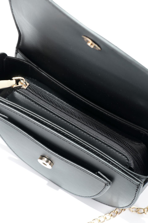 meliebiancoのIsabel(Black)ワンハンドル・2Wayミニバッグ/海外ファッション好きにオススメのインポートバッグとかばん、MelieBianco(メリービアンコ)のバッグやショルダーバッグ。ゴールドのメタルハンドルがアクセントのミニハンドバッグ。丸みを帯びたラウンドタイプはメリービアンコの本国アメリカはもちろんヨーロッパでも人気のシルエット。/main-12