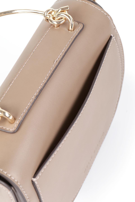meliebiancoのIsabel(Taupe)ワンハンドル・2Wayミニバッグ/海外ファッション好きにオススメのインポートバッグとかばん、MelieBianco(メリービアンコ)のバッグやショルダーバッグ。ゴールドのメタルハンドルがアクセントのミニハンドバッグ。丸みを帯びたラウンドタイプはメリービアンコの本国アメリカはもちろんヨーロッパでも人気のシルエット。/main-9
