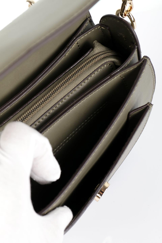 meliebiancoのIsabel(Olive)ワンハンドル・2Wayミニバッグ/海外ファッション好きにオススメのインポートバッグとかばん、MelieBianco(メリービアンコ)のバッグやショルダーバッグ。ゴールドのメタルハンドルがアクセントのミニハンドバッグ。丸みを帯びたラウンドタイプはメリービアンコの本国アメリカはもちろんヨーロッパでも人気のシルエット。/main-12