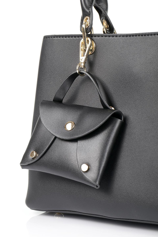 meliebiancoのBridget(Black)コインバッグ付き・ハンドバッグ/海外ファッション好きにオススメのインポートバッグとかばん、MelieBianco(メリービアンコ)のバッグやハンドバッグ。ちょこんとぶら下がったコインポーチが可愛いアクセントのハンドバッグ。センターの荷室とその横の大き目ポケットがとても使いやすそうなハンドバッグです。/main-7
