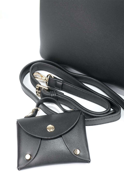 meliebiancoのBridget(Black)コインバッグ付き・ハンドバッグ/海外ファッション好きにオススメのインポートバッグとかばん、MelieBianco(メリービアンコ)のバッグやハンドバッグ。ちょこんとぶら下がったコインポーチが可愛いアクセントのハンドバッグ。センターの荷室とその横の大き目ポケットがとても使いやすそうなハンドバッグです。/main-8