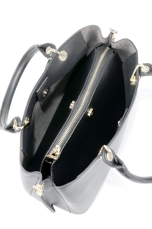 meliebiancoのBridget(Black)コインバッグ付き・ハンドバッグ/海外ファッション好きにオススメのインポートバッグとかばん、MelieBianco(メリービアンコ)のバッグやハンドバッグ。ちょこんとぶら下がったコインポーチが可愛いアクセントのハンドバッグ。センターの荷室とその横の大き目ポケットがとても使いやすそうなハンドバッグです。/main-9