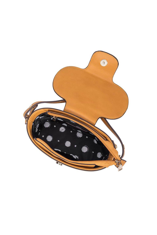 meliebiancoのAdelynn(Mustard)ワンハンドル・ミニハンドバッグ/海外ファッション好きにオススメのインポートバッグとかばん、MelieBianco(メリービアンコ)のバッグやハンドバッグ。meliebianco(メリービアンコ)の2019年秋冬の新作になります。メリービアンコ自慢のビーガンレザーを使用したアニマルフレンドリーなアイテム。/main-5