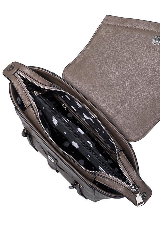 meliebiancoのAdrianne(Taupe)ビーガンレザー・バックパック/海外ファッション好きにオススメのインポートバッグとかばん、MelieBianco(メリービアンコ)のバッグやその他。meliebianco(メリービアンコ)の2019年秋冬の新作になります。メリービアンコ自慢のビーガンレザーを使用したアニマルフレンドリーなアイテム。/main-5