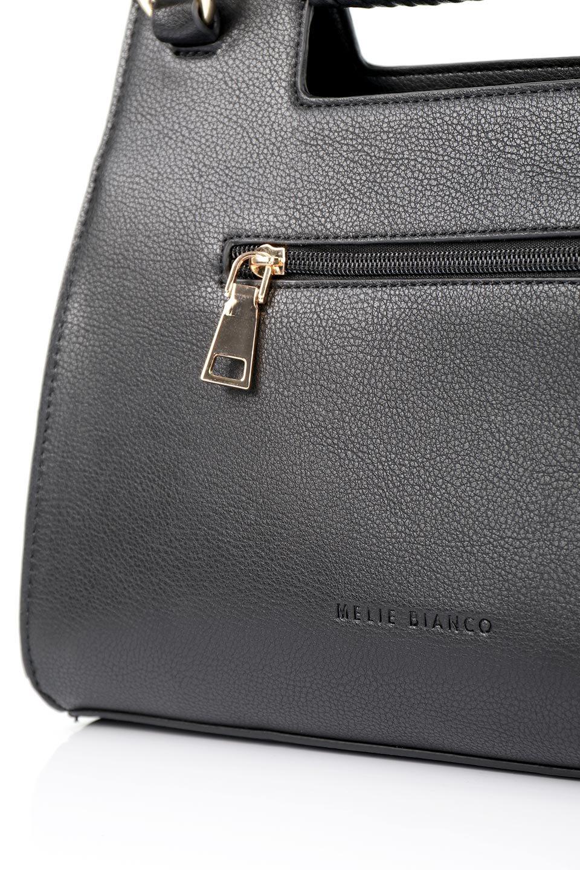 meliebiancoのBlair(Black)ワンハンドル・ハンドバッグ/海外ファッション好きにオススメのインポートバッグとかばん、MelieBianco(メリービアンコ)のバッグやハンドバッグ。スクエアなシルエットがシャープな印象のハンドバッグ。普段使いはもちろん、仕事でもつかえるシンプルデザインです。/main-10