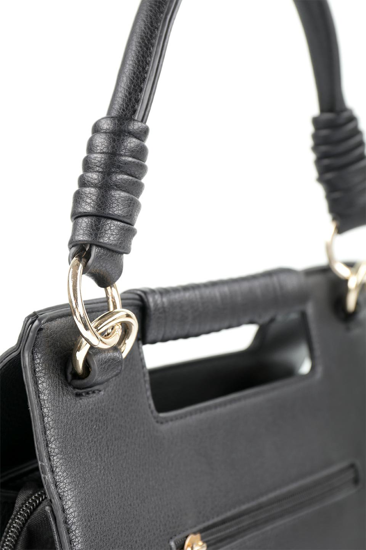 meliebiancoのBlair(Black)ワンハンドル・ハンドバッグ/海外ファッション好きにオススメのインポートバッグとかばん、MelieBianco(メリービアンコ)のバッグやハンドバッグ。スクエアなシルエットがシャープな印象のハンドバッグ。普段使いはもちろん、仕事でもつかえるシンプルデザインです。/main-9