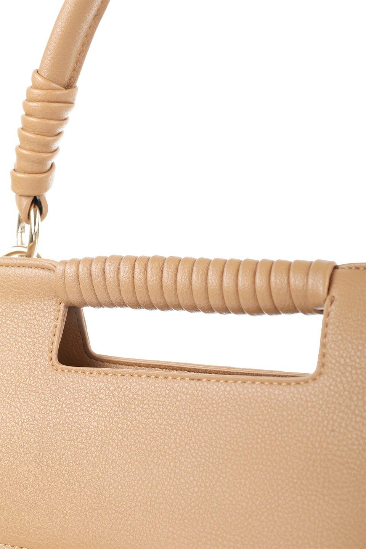 meliebiancoのBlair(Camel)ワンハンドル・ハンドバッグ/海外ファッション好きにオススメのインポートバッグとかばん、MelieBianco(メリービアンコ)のバッグやハンドバッグ。スクエアなシルエットがシャープな印象のハンドバッグ。普段使いはもちろん、仕事でもつかえるシンプルデザインです。/main-7