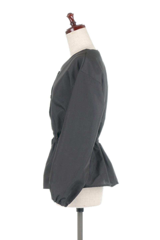 WaistGatheredBlouseウエストギャザー・ブラウス大人カジュアルに最適な海外ファッションのothers(その他インポートアイテム)のトップスやシャツ・ブラウス。スッキリとした首周りで人気の長袖ブラウス。数種類のボタンをアクセントして使用して可愛らしさもアピール。/main-17