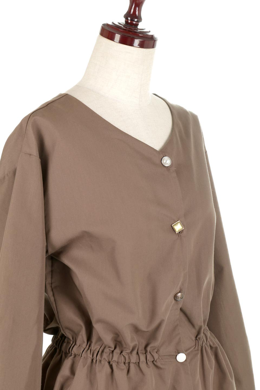 WaistGatheredBlouseウエストギャザー・ブラウス大人カジュアルに最適な海外ファッションのothers(その他インポートアイテム)のトップスやシャツ・ブラウス。スッキリとした首周りで人気の長袖ブラウス。数種類のボタンをアクセントして使用して可愛らしさもアピール。/main-20