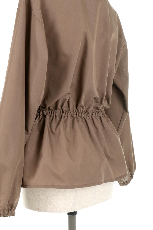 WaistGatheredBlouseウエストギャザー・ブラウス大人カジュアルに最適な海外ファッションのothers(その他インポートアイテム)のトップスやシャツ・ブラウス。スッキリとした首周りで人気の長袖ブラウス。数種類のボタンをアクセントして使用して可愛らしさもアピール。/main-25